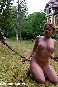 Slavegirl whipped after she refused to obey orders
