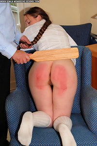 Full swollen cheeks for a young pretty schoolgirl